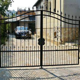 Brama dwuskrzydłowa 8